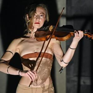 yvette violin